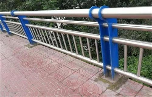 东营不锈钢道路护栏坚固美观