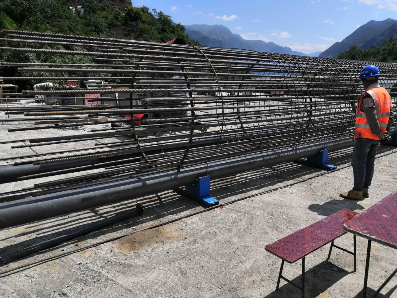 安徽省蚌埠市數控鋼筋籠繞筋機樁基盤絲機專業品質