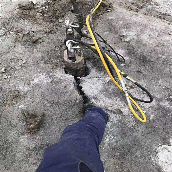 福建宁德大型混凝土管桩无尘静态破拆建筑物的劈裂机 定制