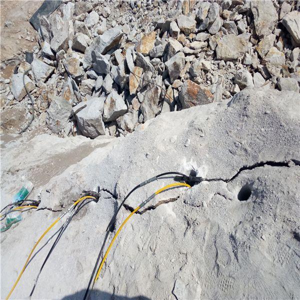 内蒙古巴音郭楞厂家促销钢筋混凝土便携式孔桩劈石机在线咨询
