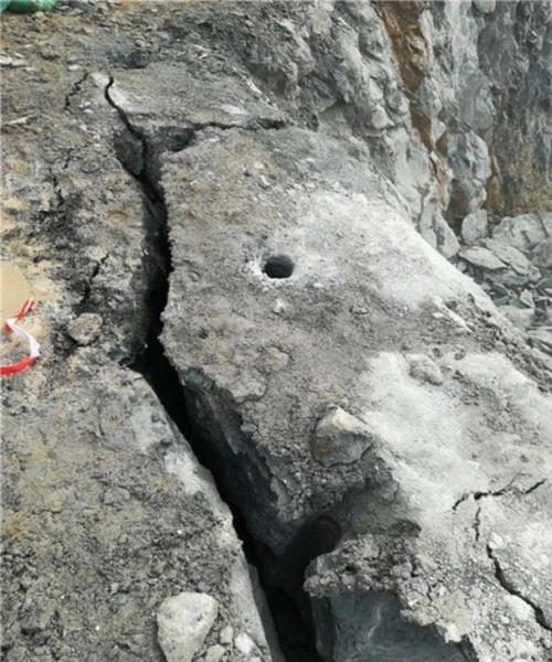 湖南硬石头分裂液压开采矿山设备分裂石头机器