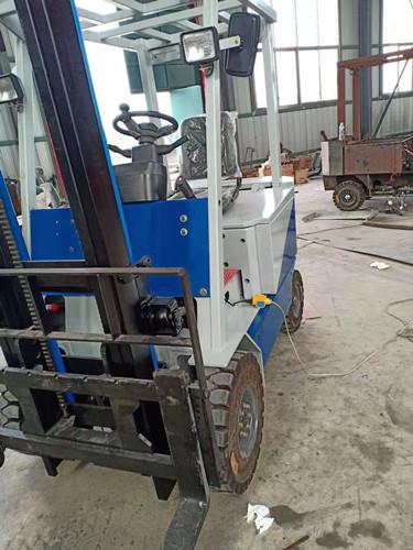 新疆什么牌子的电动叉车好木辛电动叉车怎么样木辛电动叉车