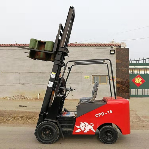 西宁电动叉车便宜吗电动叉车什么牌子的便宜什么牌子的电动叉车便宜好用