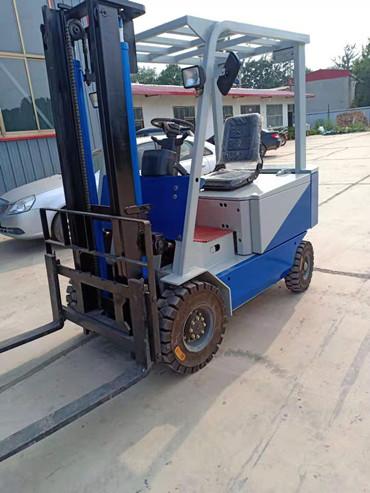 黄南四轮电动叉车堆高电动叉车电动叉车那里有卖的