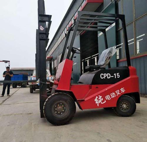 黑龙江哪里有卖电动叉车的任县木辛机械任县木辛机械电动叉车怎么样任县木辛机械电动叉车多少钱一台