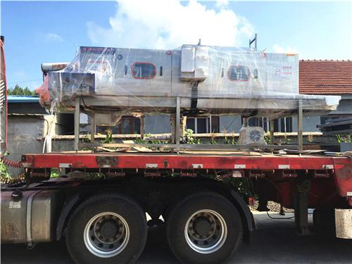 长沙医疗废弃物箱清洗机高压喷淋360度无损清洗不伤容器效率高