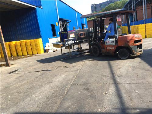 东营上海医 专用配送箱清洗机清洗风干一次完成随洗随用节工环保