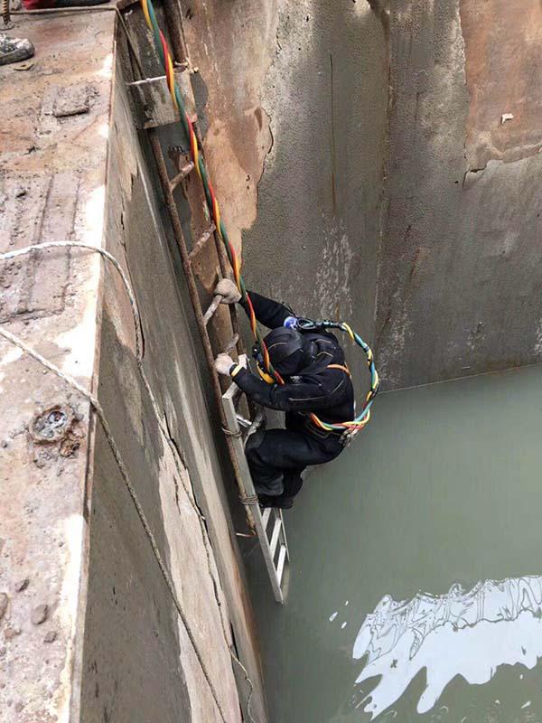 海口管道水下砌墙封堵水下公司
