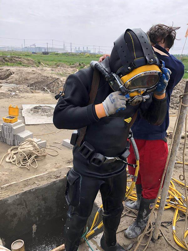 山西省吕梁市水下封堵公司