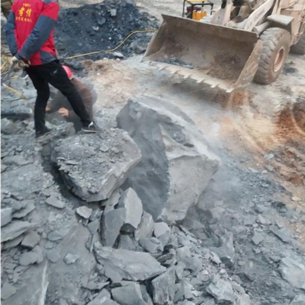 湖南地基基础开采岩石分裂机有何不同