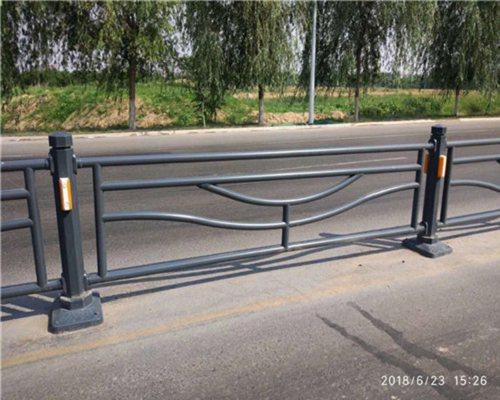 湖南隔离不锈钢复合管护栏去哪买