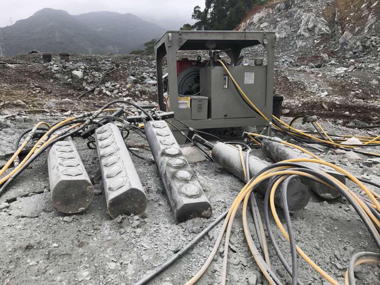 安徽省蚌埠市巖石撐裂機包安裝調試