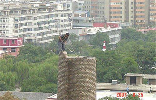 西宁人工拆除锅炉房烟囱公司欢迎来电