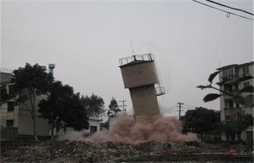 黔西南60米砖砌烟囱拆除价格和谐创新