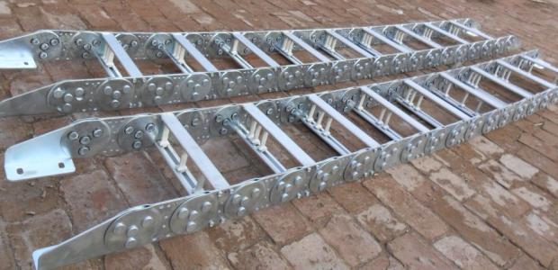 吉林市钢制拖链样本