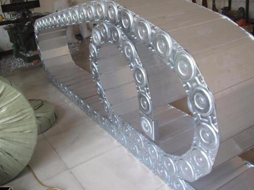 新余市工程钢制拖链