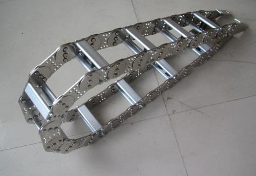新闻:池州打孔式钢制拖链供求信息