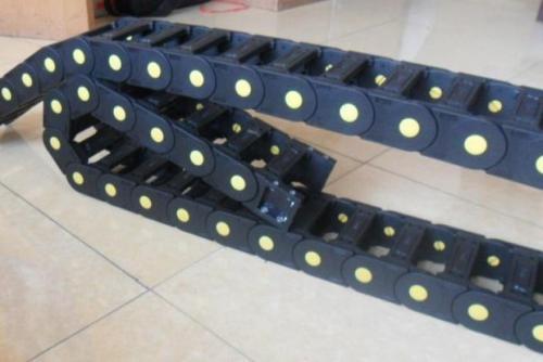 新闻:安徽消防机械设备塑料拖链批发