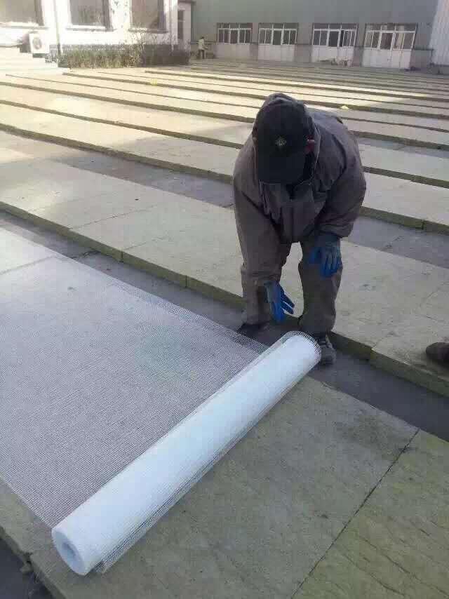 福建双面水泥岩棉复合板厂家实体