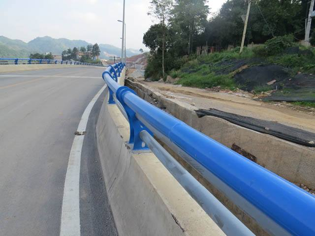 马鞍山天桥站台护栏材质好-【聚宜兴】天桥站台护栏坚固耐用