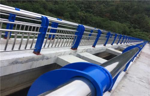 东营国道桥梁防撞护栏杆实体工厂厂家