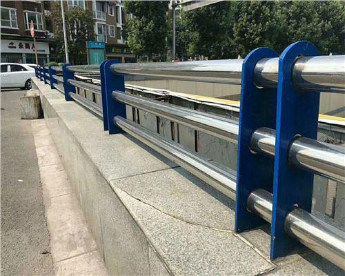 黑龙江不锈钢碳素钢复合管价格-应用广泛
