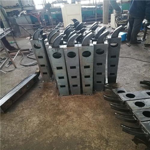 锦州国道桥梁防撞护栏杆实体工厂厂家