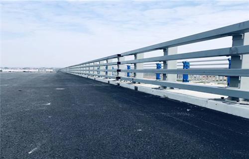 贵州黔西南加固耐用桥梁防撞立柱效果图