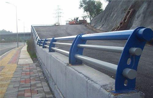 临沂桥梁景观护栏-304不锈钢栏杆来图