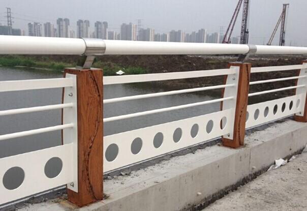贵州黔西南结实耐用河道桥梁护栏制造厂家