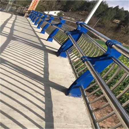 安康q235双钢板立柱公司