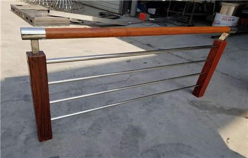 临沂q235交通防撞护栏耐用防腐寿命长