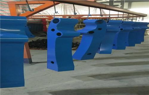 山东河岸湖边栏杆厂家-q235立柱价格