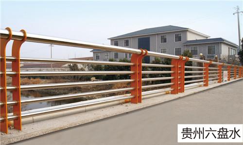 山东市政桥梁护栏厂家-包厢式立柱价格