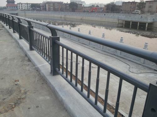 顺义区不锈钢复合管防撞栏杆免费绘图设计