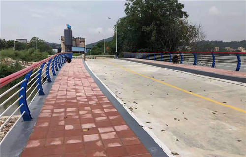 辽宁江堤河道护栏美观耐用