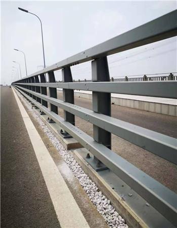 东营桥梁防撞钢护栏先进工艺