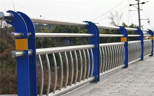 临沂景观桥梁铁护栏每日实时报价