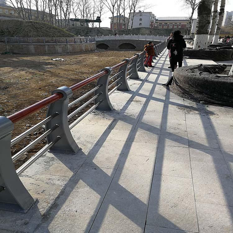安康304不锈钢桥梁栏杆现货可定制