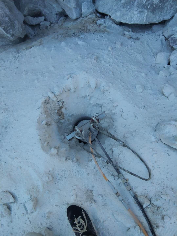 蚌埠取代人工放炮開石石頭用劈裂機