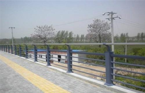 黔西南201不锈钢复合管护栏制作安装