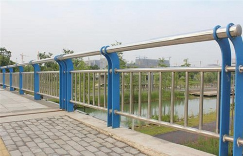 湖南防撞桥梁护栏制作安装