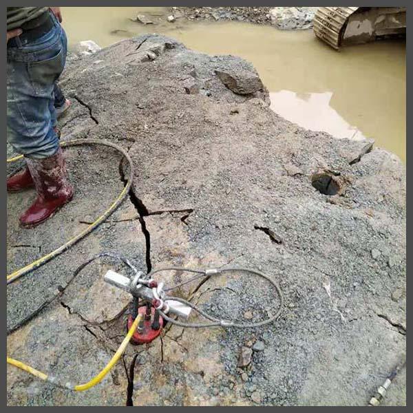 蚌埠市大理石用什么機器開采巖石劈裂棒