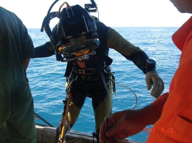 莱芜潜水队-潜水作业