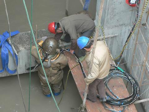徐州潜水员水下搜救队伍-水下施工单位