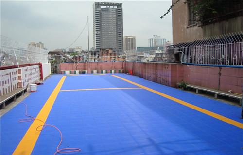 黑龙江塑胶场地铺装厂家