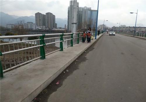西宁景观护栏//普新金属