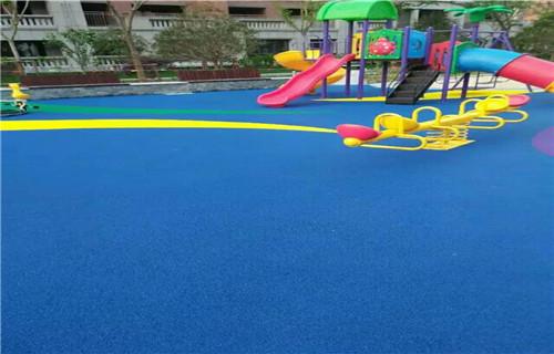 西藏幼儿园橡胶跑道塑胶地面幼儿园地坪