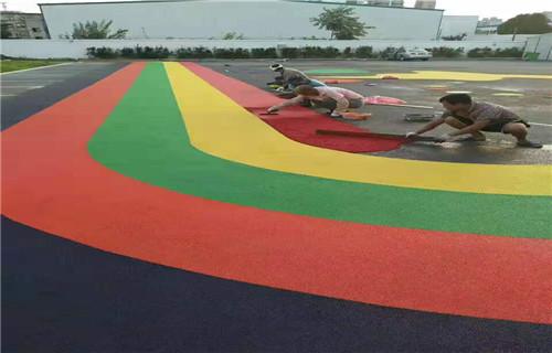 湖南幼儿园塑胶地面塑胶篮球场施工幼儿园彩虹跑道施工