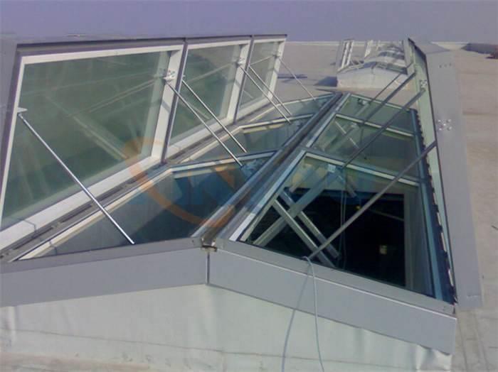 西宁薄形通风器通风气楼电动采光排烟天窗